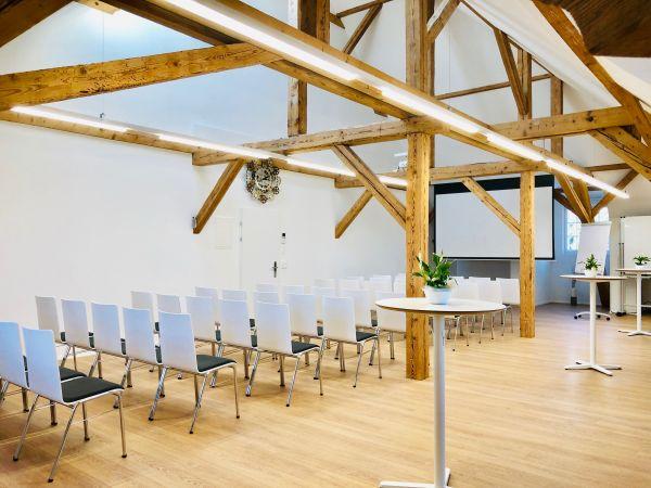 QUNIQUE Seminar-/Workshop-/Event-/Meetingraum